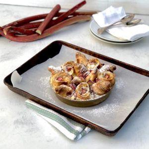 rhubarb croissant pudding recipe