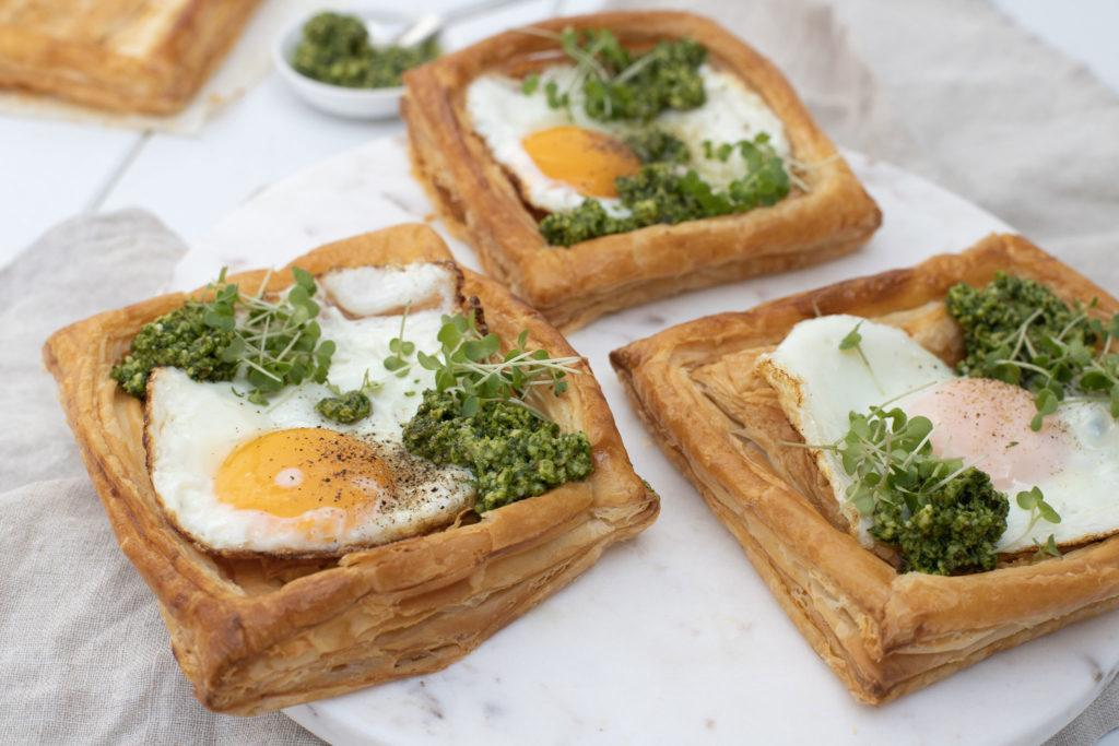 rocket pesto breakfast galette