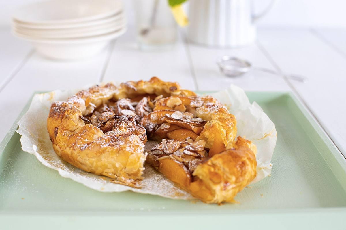 Golden Queen Peach Almond Tart